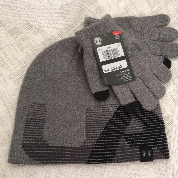 NWT Boys Under Armour Hat and Gloves 09696074659